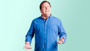 Shane Jacobson - Host